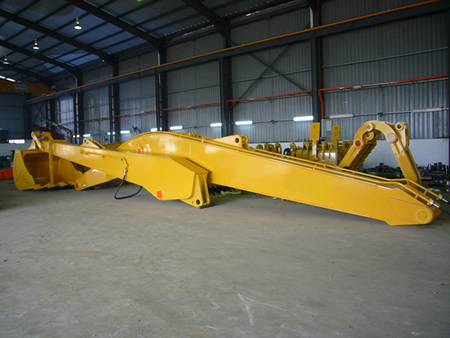 CAT 375 Long Reach Package
